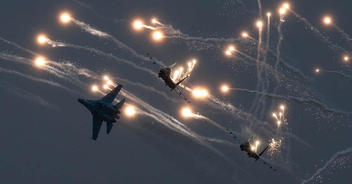 Kazakhstan Air Force Su-30s popping flares photo